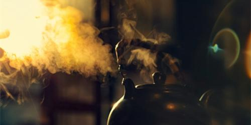 一壶茶,用5分钟烧水,3分钟沏茶,2分钟等待......平淡而简单,修身亦修心是我们人生中最划算的一笔投资泡茶,是一个让身心清净的过程,每每端起一杯茶,都有繁华三千。喝茶,是一件修心养生的事,更是一件培养气质的事;喝茶,能够改变一个人的心态,能让人减轻压力放下浮躁;喝茶,更教会我们好好享...<br /><a href='http://www.tea1199.com/a/2017/peixundongtai_0117/1022.html'> <<< 详情</a>